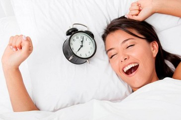 Ինչպես առավոտյան արթնանալ 5 րոպեում