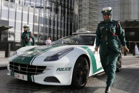 Դուբայի ոստիկանությունը զանգահարելու Է քաղաքի ապերջանիկ բնակիչներին