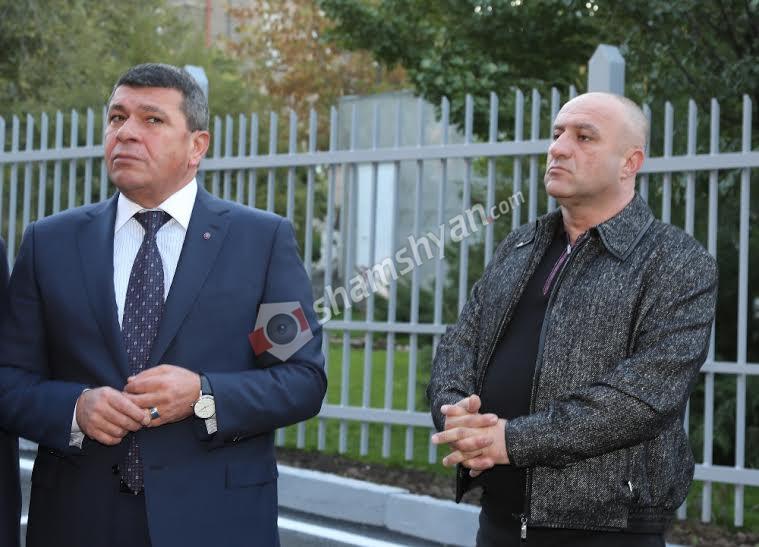 Ինչո՞ւ էր ՀՀ Ոստիկանության պետ, գեներալ-լեյտենանտ Վլադիմիր Գասպարյանը վաղ առավոտյան այցելել բուժհաստատություն. (լուսանկարներ)