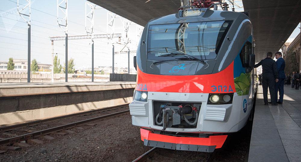 Երևան-Գյումրի նոր էլեկտրագնացքից օգտվողների քանակը շատ քիչ է. որքան արժե 1 տոմսը. «Հրապարակ»