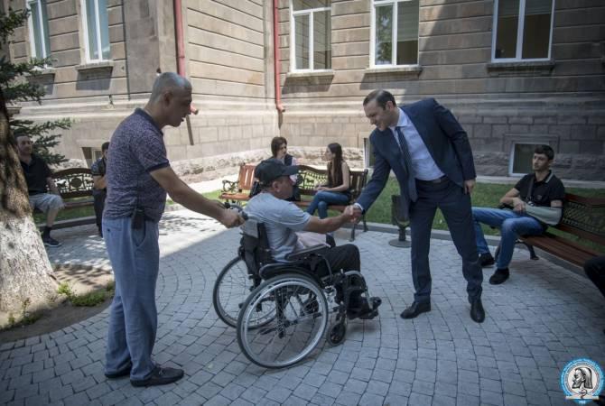 ԱԽ քարտուղար Արմեն Գրիգորյանն այցելել է Հայրենիքի պաշտպանի վերականգնողական կենտրոն