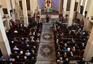 Թեհրանի եկեղեցիներում հոգեհանգստի կարգ է կատարվել Արցախում ընկած զինվորների համար