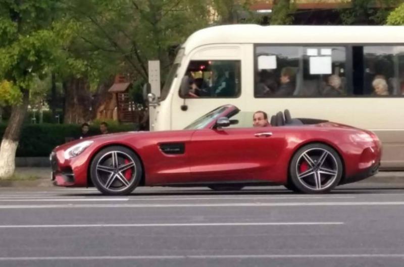 Ընկերոջս մեքենան է․ Հայկ Սարգսյանը՝ թանկարժեք մեքենա վարելու մասին
