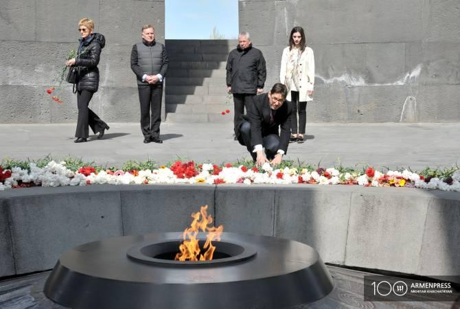 Բուլղարիայի ԱԳ փոխնախարարը Ծիծեռնակաբերդի հուշահամալիրում հարգանքի տուրք մատուցեց Հայոց ցեղասպանության զոհերի հիշատակին