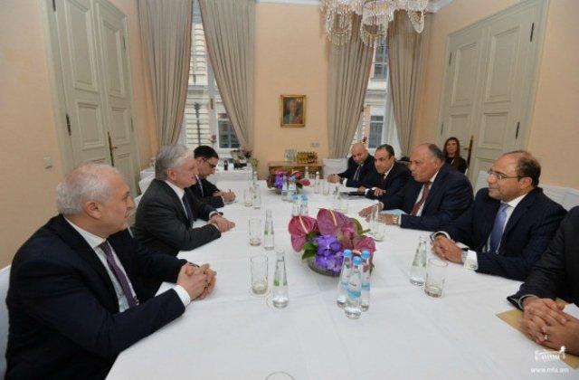 Էդվարդ Նալբանդյանը Մյունխենում հանդիպել է իր եգիպտացի գործընկերոջ հետ. անդրադարձ է կատարվել նաև Լեռնային Ղարաբաղի հիմնահարցին