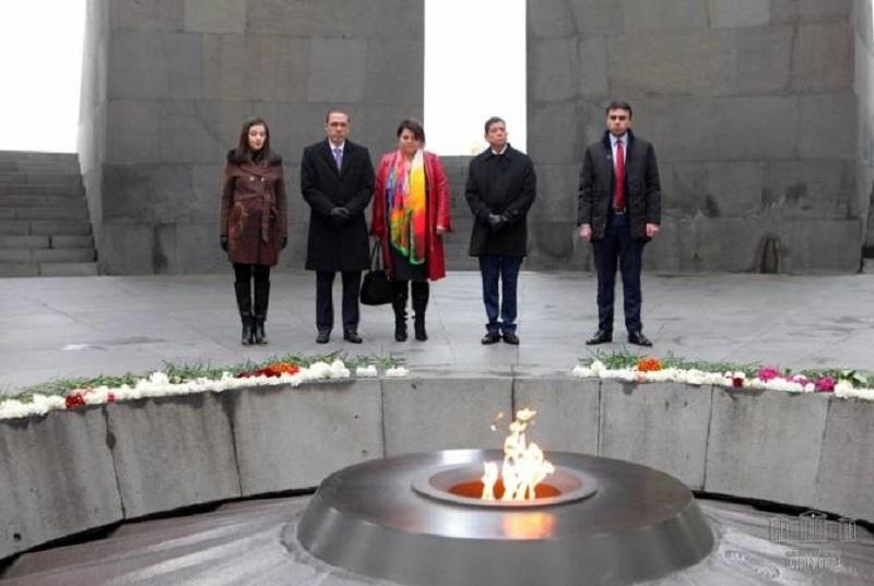Գվատեմալայի Հանրապետության Կոնգրեսի առաջին փոխնախագահն այցելել է Հայոց ցեղասպանության հուշահամալիր