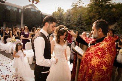 Հայ աստղեր, ովքեր բոլորից թաքցրել են ամուսնության մասին լուրերը (լուսանկարներ)