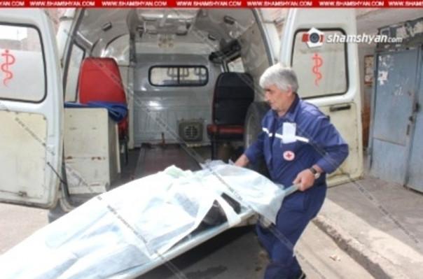 Ոստիկանության զորքերի գնդապետը տան ավտոտնակում կայանված ավտոմեքենայի մեջ հայտնաբերել է իր տղայի դին
