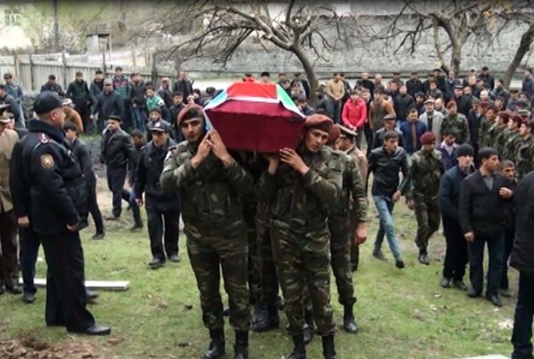 Ադրբեջանում թաղել են զոհված զինծառայողների