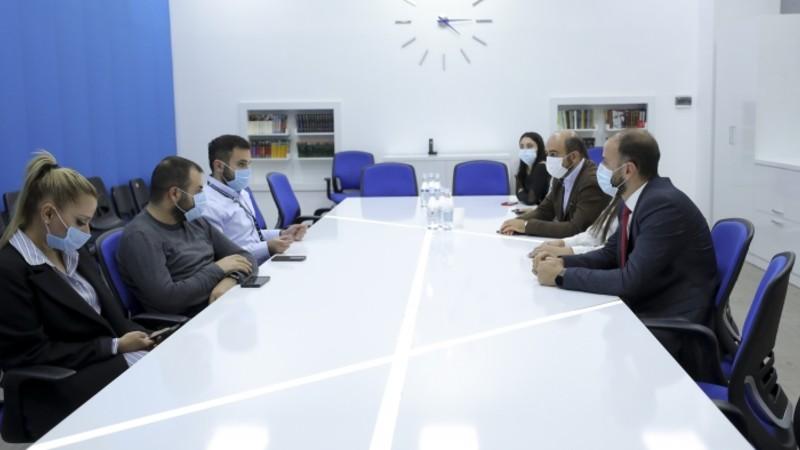 ԱԺ գլխադասային հանձնաժողովի անդամներն այցելել են հեռուստառադիոոլորտը կարգավորող մարմիններ ու Հանրային հեռուստաընկերություն