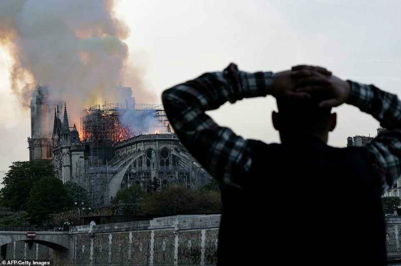 Air France-ի և Air France-KLM-ի թիմերն ամբողջ աշխարհում խորապես ցնցված և վշտացած են հրդեհի պատճառով
