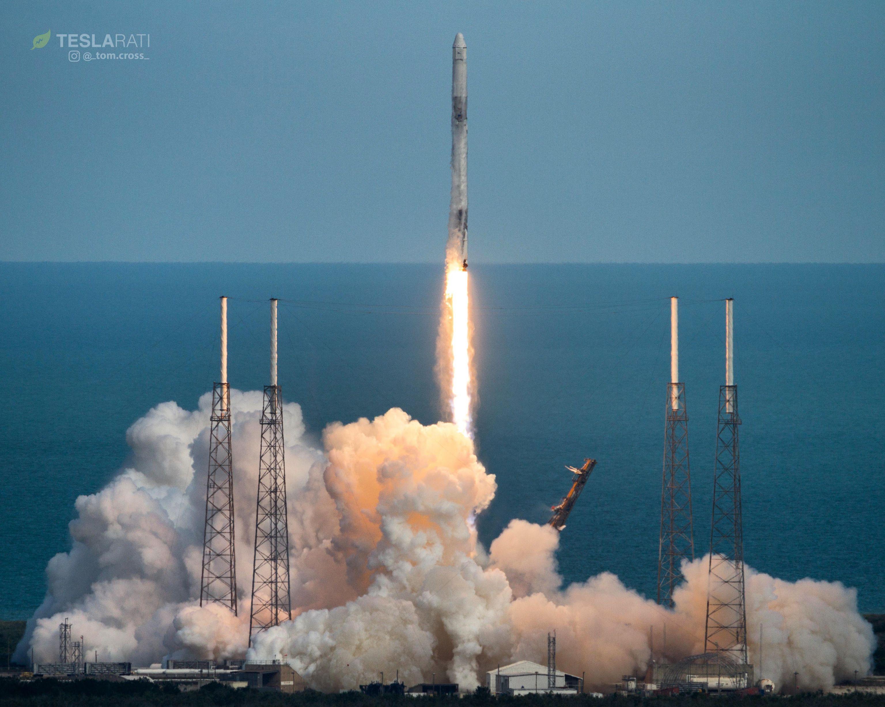 SpaceX-ն արձակել է Falcon 9 հրթիռակիրը (տեսանյութ)