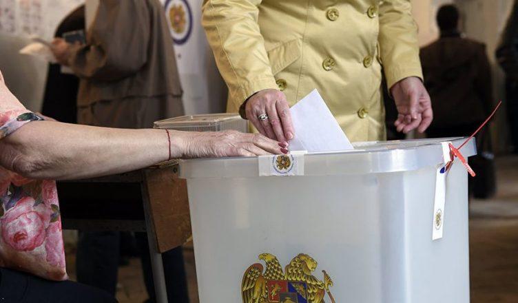 Էջմիածնում  կայանալիք քաղաքապետի արտահերթ ընտրություններում թեկնածուների պակաս չկա․ «Հրապարակ»