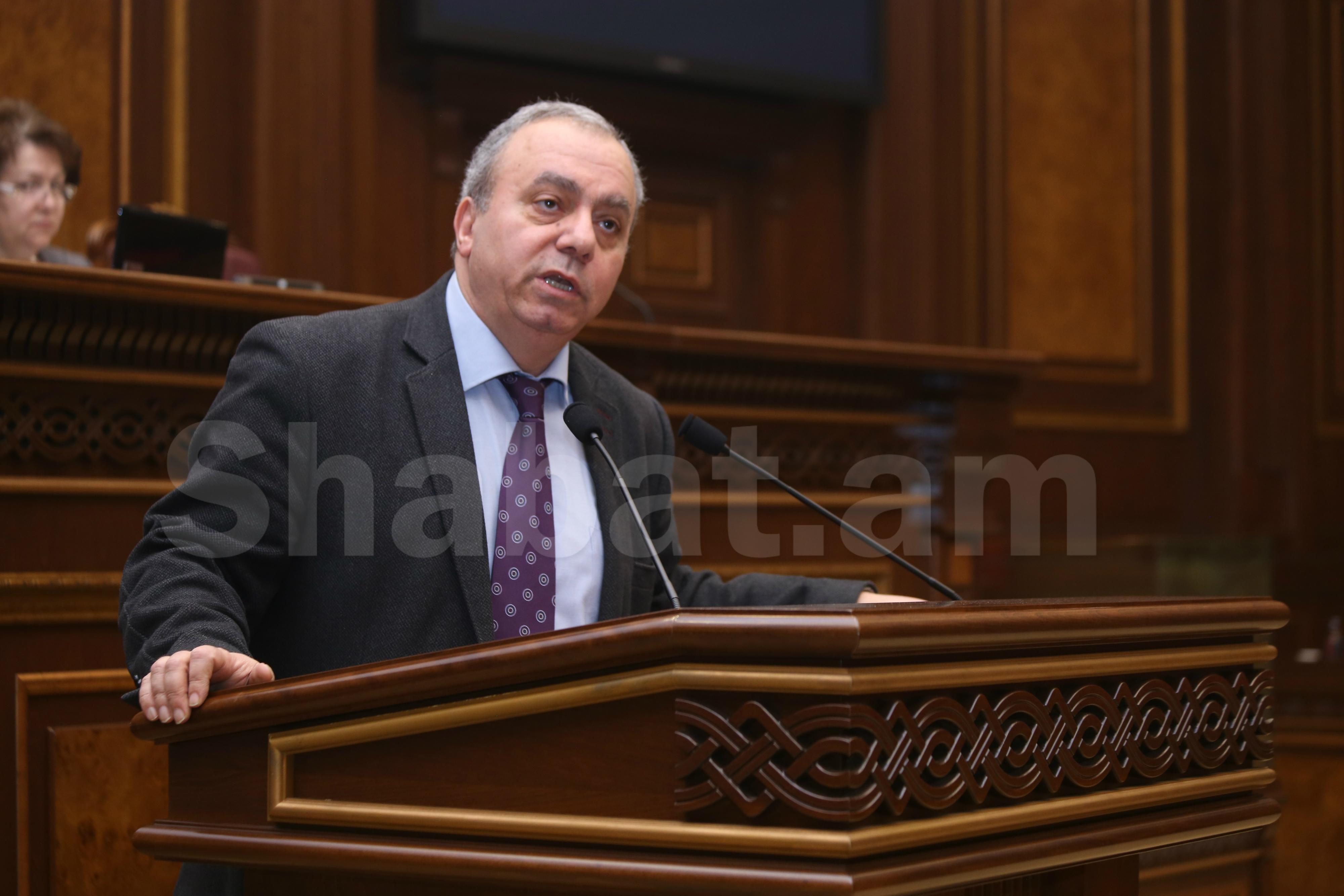 Ինձ ավելի շատ հուզում է ՀՀ առաջին դեմքի, Նախագահ Արմեն Սարգսյանի դերը