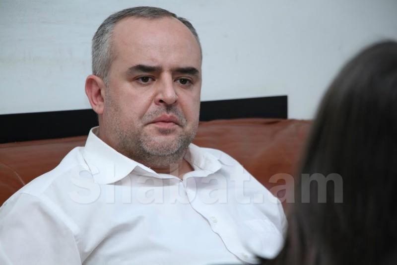 Տիգրան Աթանեսյանի ու ակտիվիստների հայհոյախառն երկխոսության «սքրինշոտերը» ներկայացվել են ՓՊ՝ խնդրելով պատժել փաստաբանին. «Հրապարակ»