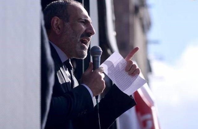ՀԱՊԿ գագաթաժողովը հետաձգվում է. Վլադիմիր Պուտինն է զանգել