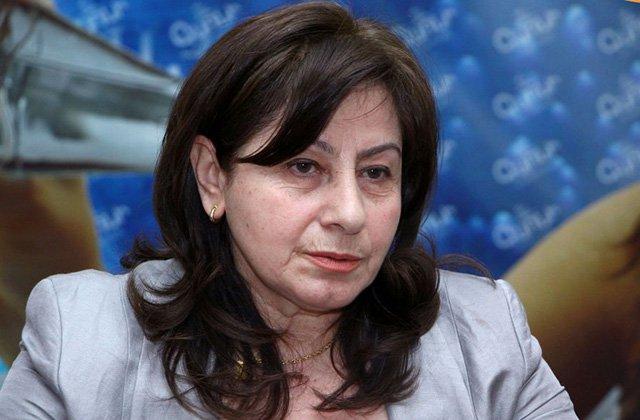 Հարձակվել են պատգամավոր Ռուզան Առաքելյանի վրա և չեն թողել մտնի ԱԺ
