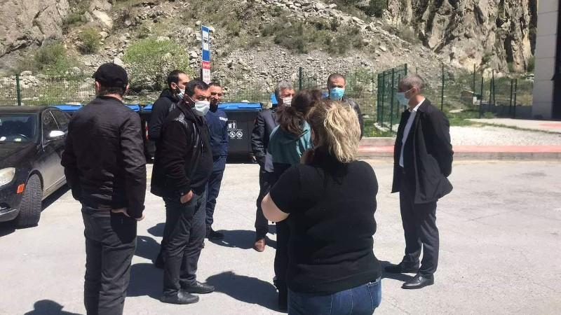 ՀՀ 15 քաղաքացիներ մի քանի օր է գտնվում էին ռուս-վրացական սահմանի չեզոք գոտում․ դեսպանատուն