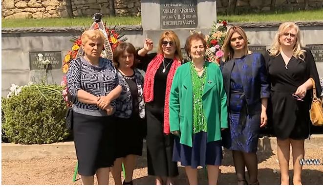 Ռ.Ծառուկյանն աջակցություն է ցուցաբերել նոյեմբերյանցի զոհված ազատամարտիկների ընտանիքներին