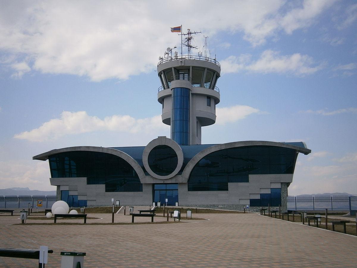 Ինչու դեռևս չի շահագործվել Ստեփանակերտի օդանավակայանը. «Ժողովուրդ»