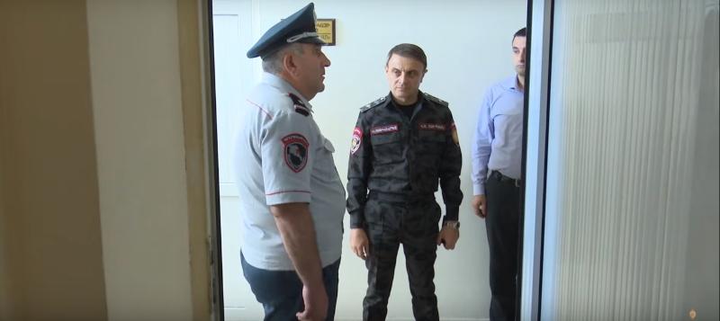 Վալերիյ Օսիպյանն անակնկալ այց է կատարել ոստիկանության Սևանի բաժին (տեսանյութ)