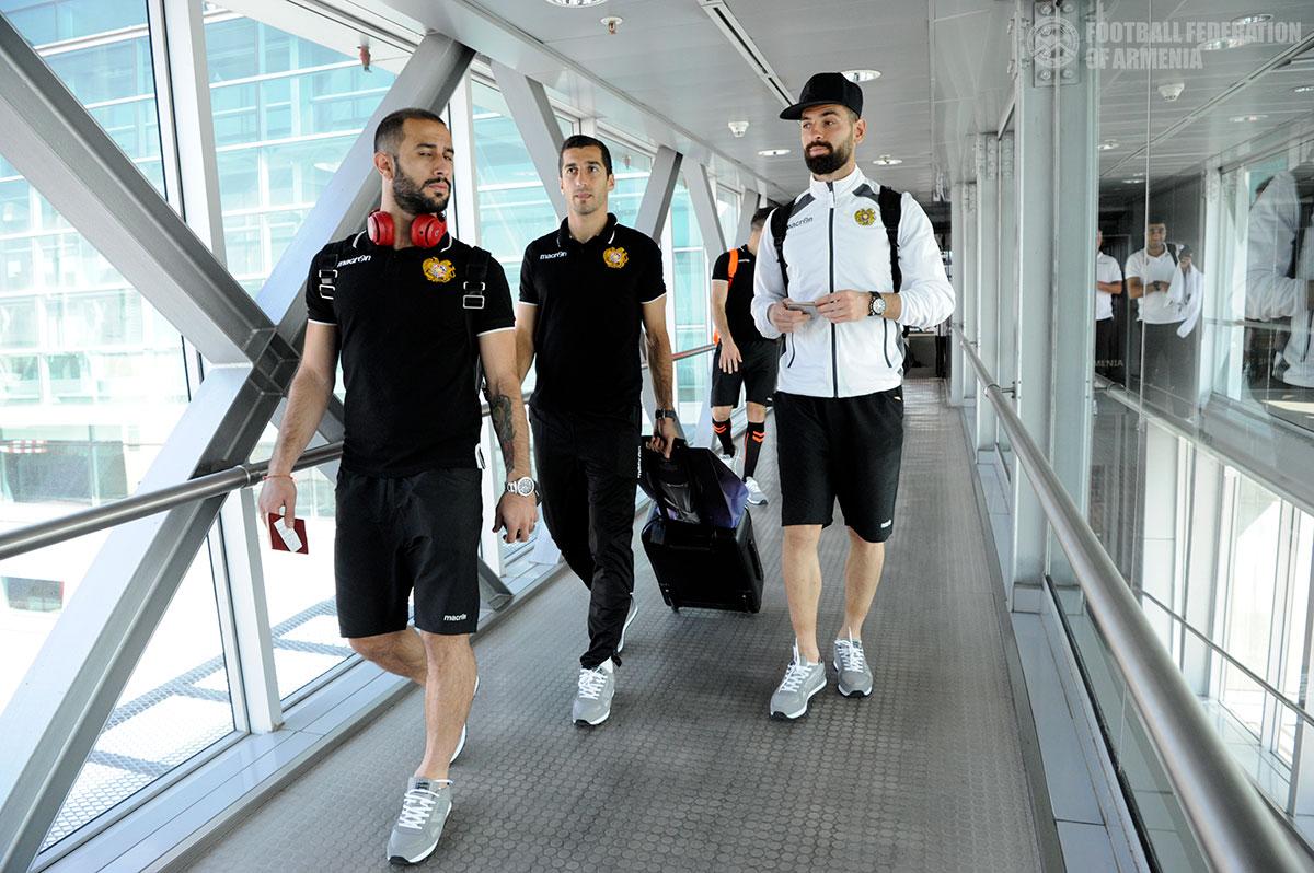 Ֆուտբոլի Հայաստանի ազգային հավաքականը մեկնել է Մակեդոնիա (լուսանկարներ)