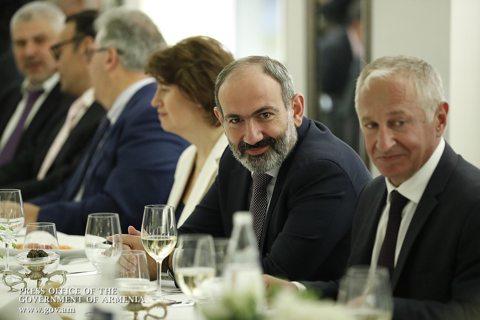 Կարող եմ երաշխավորել, որ այսօր Հայաստանում բոլորը հավասար են օրենքի առաջ. Նիկոլ Փաշինյանն ասել է ֆրանսահայ համայնքի հետ հանդիպմանը