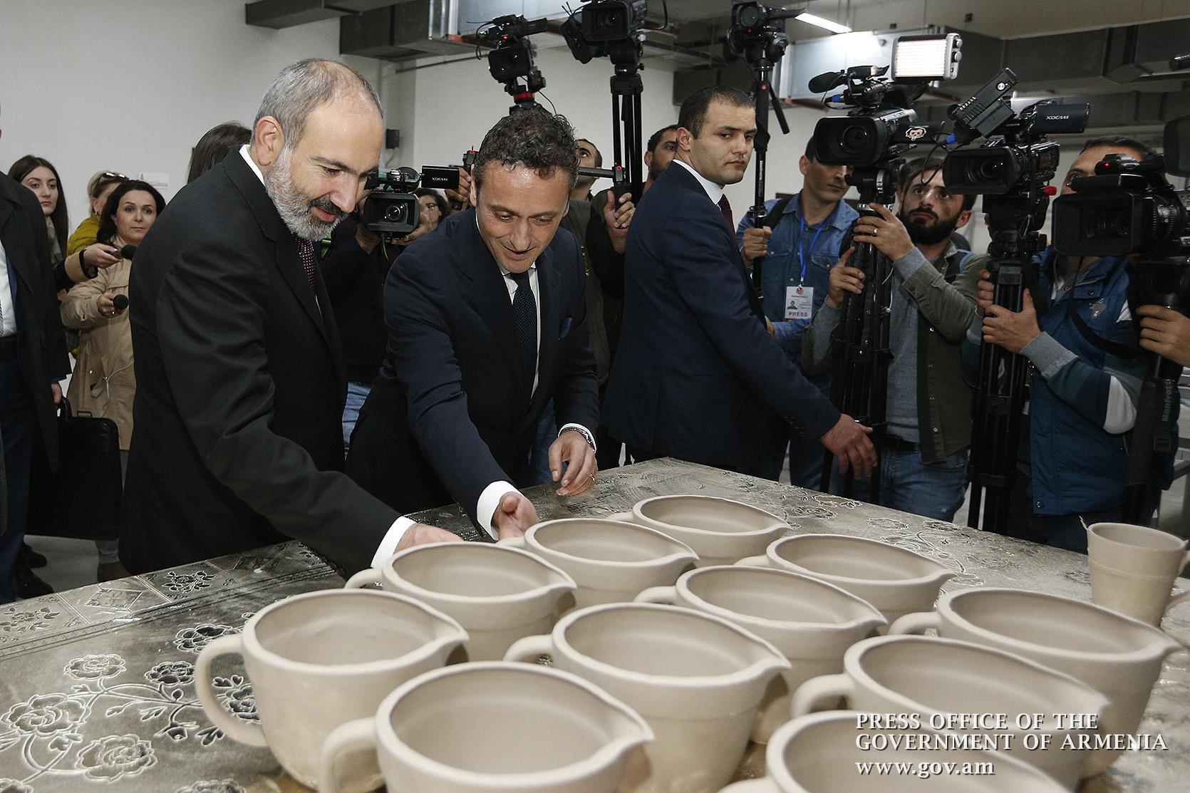 Վարչապետը ներկա է գտնել Ceramisia գործարանի բացմանը