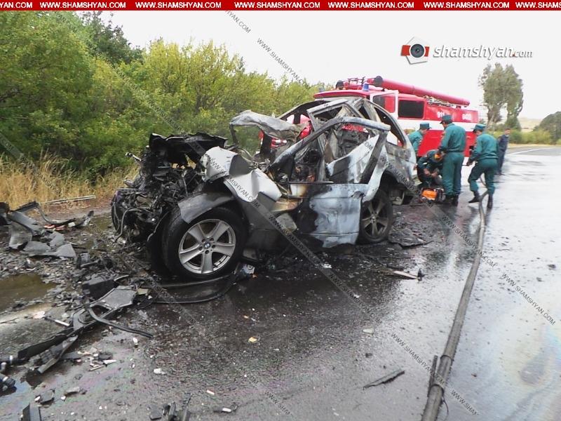 BMW X5-ը բախվել է «ԿամԱԶ»-ին ու այրվել. դուրս է բերվել վարորդի մոխրացած դին