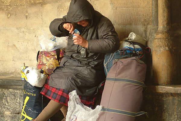 Պաշտոնական տվյալներով Հայաստանում աղքատությունը 33 տոկոս է, ըստ Ադիբեկյանի` այն 50 տոկոս է