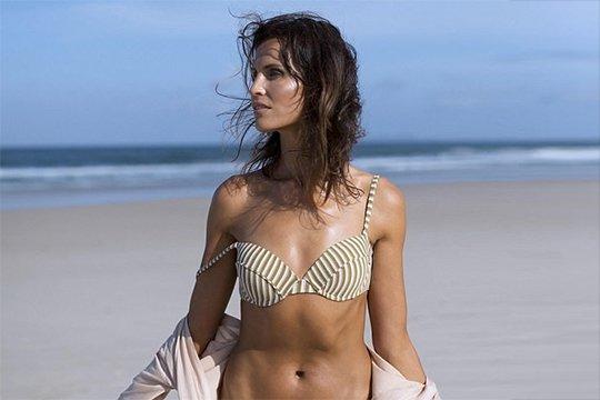 Ավստրալացի 43-ամյա հիասքանչ մոդելը 3 երեխաների մայր է