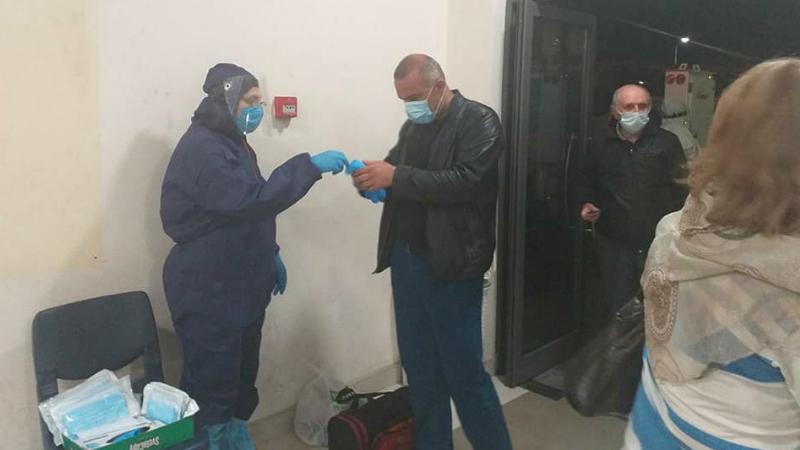 Վերին Լարսի անցակետում գտնվող ՀՀ 70 քաղաքացիներն ուշ երեկոյան ժամանել են Հայաստան. որևէ քաղաքացու մոտ ջերմություն և կլինիկական ախտանշաններ չեն գրանցվել
