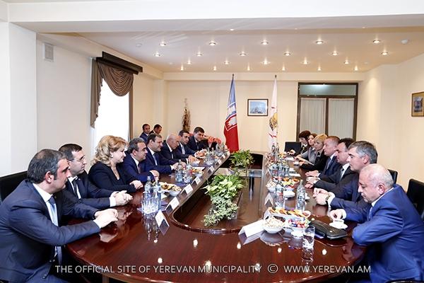 Քաղաքապետ Տարոն Մարգարյանը հանդիպել է ՌԴ Դոնի Ռոստովի վարչակազմի ղեկավարի հետ (լուսանկարներ)