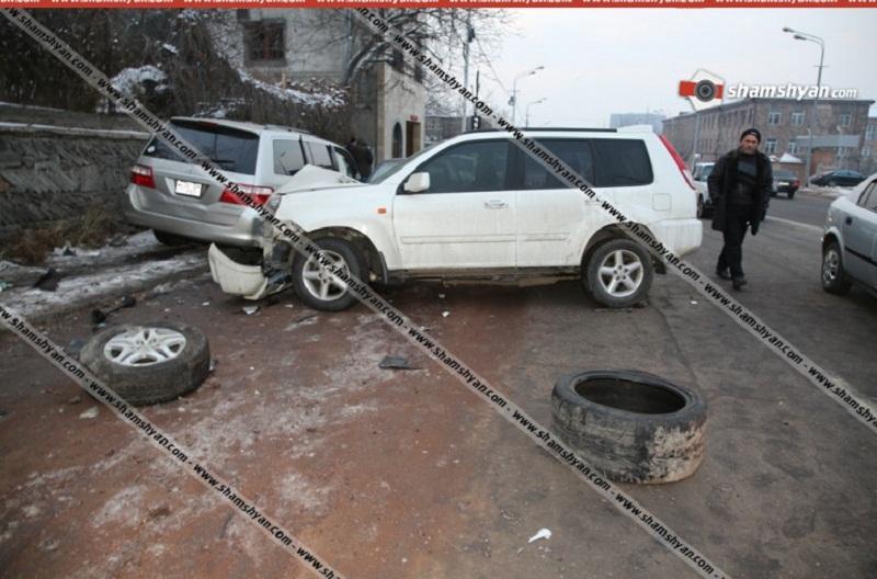 Երևանում բախվել են Honda-ն ու Opel-ը. վիրավորներից մեկին հայտնաբերել են բեռնախցիկում. Shamshyan.com