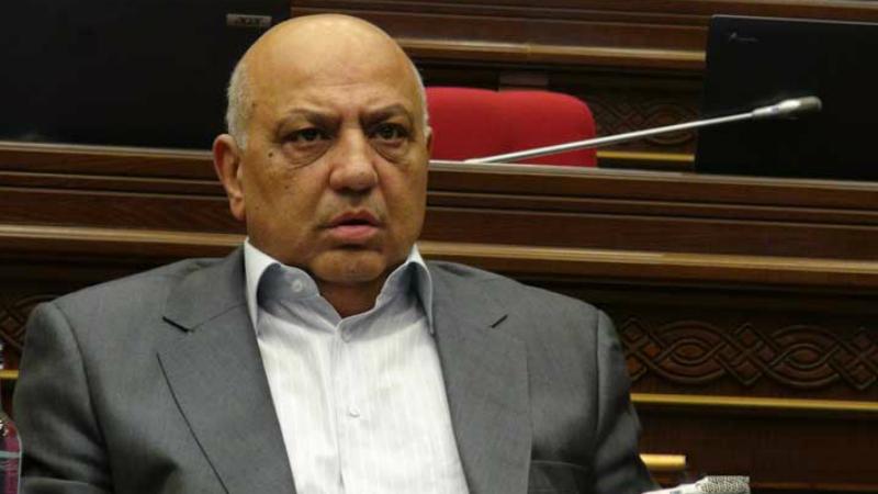 Դատարանը Աբրահամ Մանուկյանին կալանավորելու միջնորդության քննարկումը կշարունակի հունիսի 22-ին