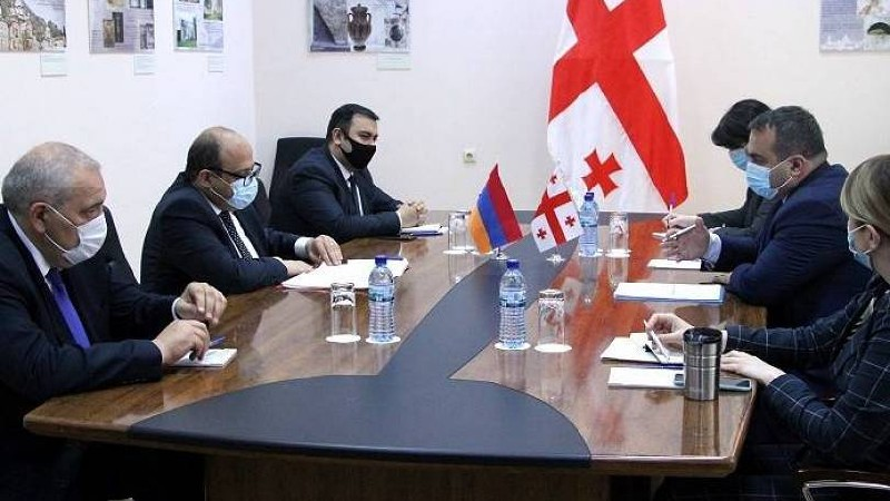 ԱԳ նախարարի տեղակալ Գագիկ Ղալաչյանը վրաց գործընկերոջ հետ մտքեր է փոխանակել տարածաշրջանային անվտանգության մասին