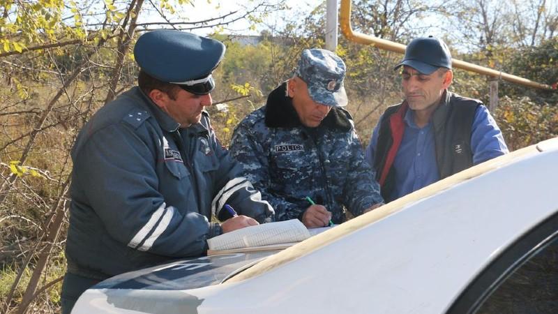 ԱՀ ոստիկանությունը հատուկ անցակետերում իրականացնում է ուժեղացված ծառայություն (լուսանկարներ)