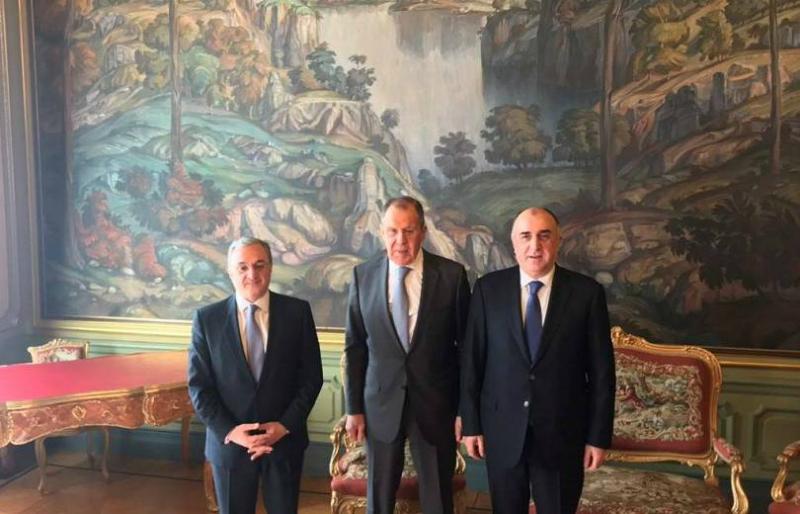 Մոսկվայում մեկնարկել է Հայաստանի, Ադրբեջանի և Ռուսաստանի ԱԳ նախարարների հանդիպումը