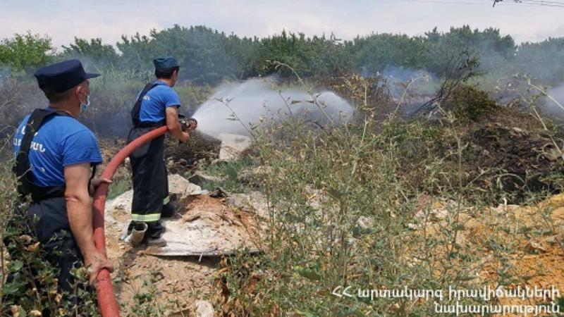 Նուբարաշեն վարչական շրջանում այրվել է մոտ 10 հա խոտածածկույթ. ԱԻՆ