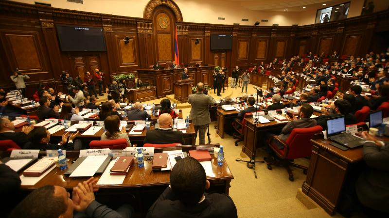 ԱԺ արտահերթ նիստը շարունակվում է (ուղիղ միացում)