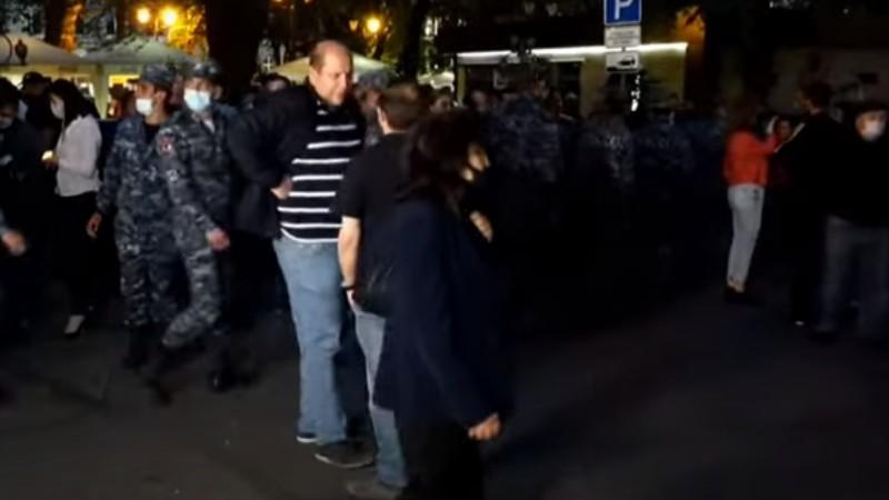 Ակցիայի մասնակիցներից 14 անձ բերման են ենթարկվել ոստիկանության տարածքային բաժիններ