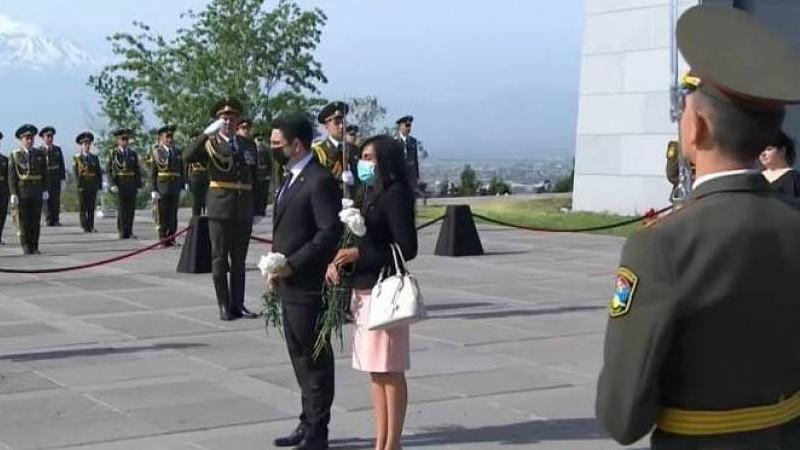 Կենտրոնամերիկյան խորհրդարանի նախագահը հարգանքի տուրք մատուցեց Հայոց ցեղասպանության զոհերի հիշատակին
