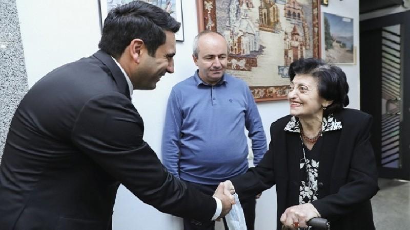 Ռիմա Դեմիրճյանն ինձ շատ հետաքրքիր մանրամասներ պատմեց այն ժամանակահատվածի Քոչարյանի դիրքորոշման մասին. Ալեն Սիմոնյան