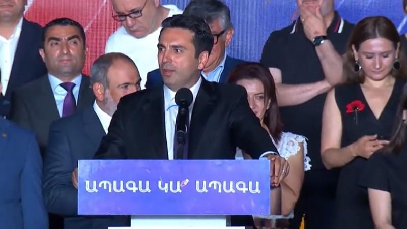 ՀՀ ժողովուրդը նրանց ծնկի բերեց, քթերից, վզերից բռնած ծնկի բերեց. Ալեն Սիմոնյան