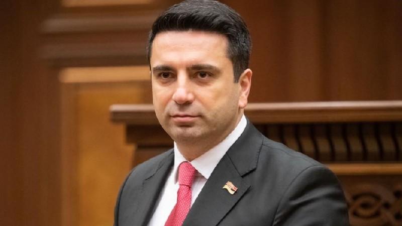 Ալեն Սիմոնյանը չբացառեց ուժայիններին կանչելը ադրբեջանական ոստիկանության գործողությունների կապակցությամբ