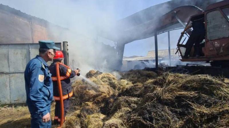 Կաճաճկուտ գյուղում այրվել է մոտ 15 տ պահեստավորած անասնակեր