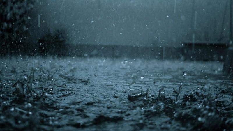Փրկարարները փոխել են անձրևաջրերի ուղղությունը, խանութ-սրահից հեռացրել են մոտ 10 տոննա ջուր