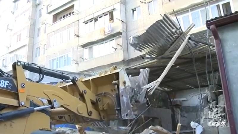 Երեկ ապօրինի կառույցներ են ապամոնտաժվել Դավթաշենում. քաղաքապետարանը տեսանյութ է հրապարակել