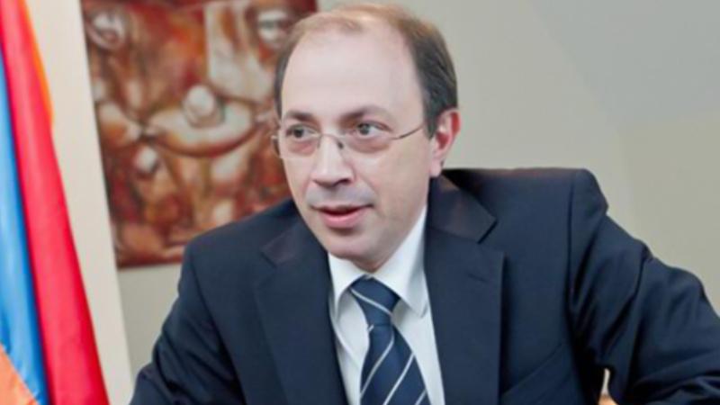 Արա Այվազյանն ազատվել է ՀՀ ԱԳ փոխնախարարի պաշտոնից
