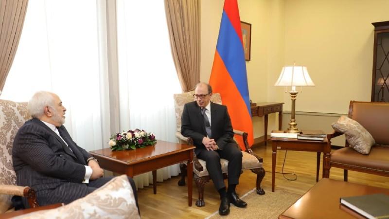 Մեկնարկեց Հայաստանի և Իրանի ԱԳ նախարարների առանձնազրույցը